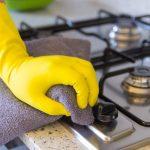 få bort fettfläckar i köket